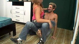 Hot girl kissing boyfriend