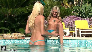 Small lesbian show of horny Logan with her cute blonde girlfriend