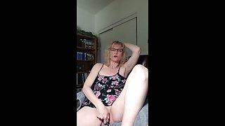 Clit massage with my black hitachi