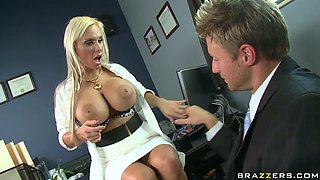 Busty blonde slut Holly Halston is sucking juicy cock deepthroat