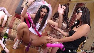 slutty bride india summer showing her friends how to ride a dildo