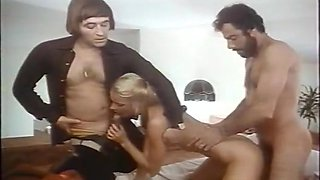 Amazing facial vintage scene with Mika Barthel and Dominique Saint Claire