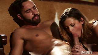 Erotic sex with a steaming hot babe Keisha Grey