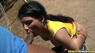 Spoiled Latin hoe gives a head to aroused black daddy