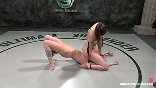 Losing Blonde chick Sarah Jane Ceylon Strapon Fucked by Bobbi Starr