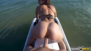 kelsi monroe jiggles her booty while fucking on scooter in ocean