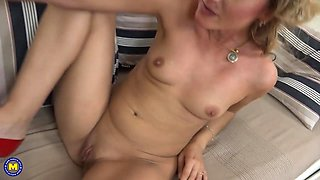 Mother Lena seduce young sweet daughter