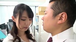 Female Employee Having An Affair With Her Boss To Get Promotion