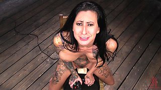 Slave slut Lily Lane abused with a machine until she cums