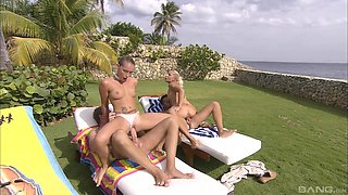 Jennifer Luv and Kathia Nobili want to be fucked by a couple of hunks