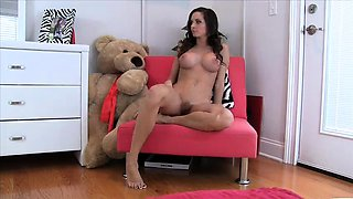 Slender brunette camgirl with perfect tits makes herself cum
