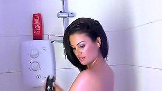 kandi kay shower 2
