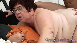 Fat old lady gets eaten out and pounded