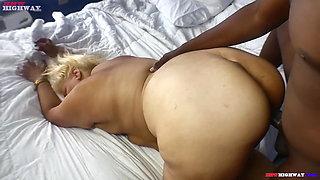 chubby fat ass blonde fucks her trainer
