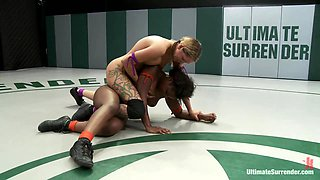Blond Battles Stronger Black Girlthe Only Non-Scripted Competitive Sex Wrestling In The World - Publicdisgrace