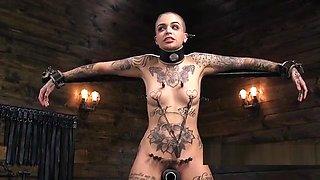 Alt brunette slave suffers extreme bondage