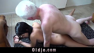 Old young porn Hot 18 years old virgin sex with old man fuck