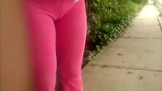 Great tight pants cameltoe